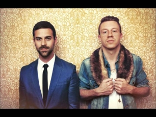 MACKLEMORE & RYAN LEWIS - THRIFT SHOP (DFM MIX)