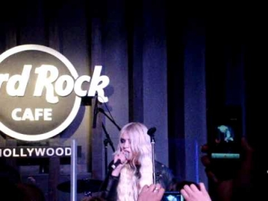 The Pretty Reckless - My Medicine live acoustic @ Hard Rock Cafe Hollywood